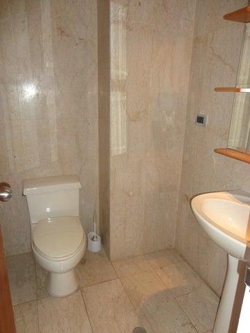 Apartamento En Alquiler En Caracas - La Lagunita Country Club Código FLEX: 17-11176 No.7