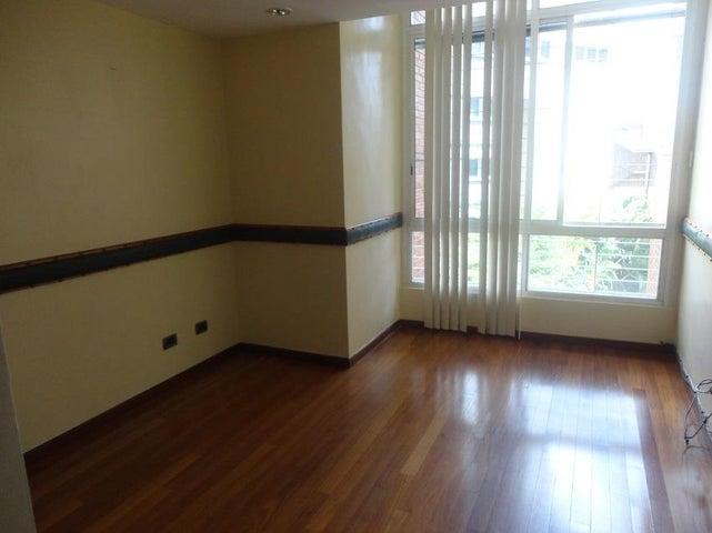 Apartamento En Alquiler En Caracas - La Lagunita Country Club Código FLEX: 17-11176 No.9
