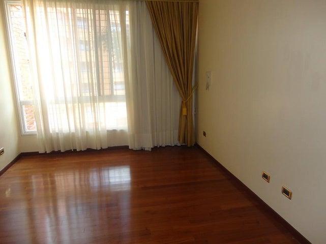 Apartamento En Alquiler En Caracas - La Lagunita Country Club Código FLEX: 17-11176 No.11