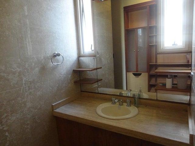Apartamento En Alquiler En Caracas - La Lagunita Country Club Código FLEX: 17-11176 No.12