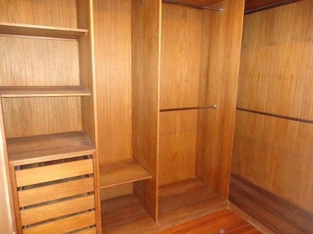 Apartamento En Alquiler En Caracas - La Lagunita Country Club Código FLEX: 17-11176 No.13