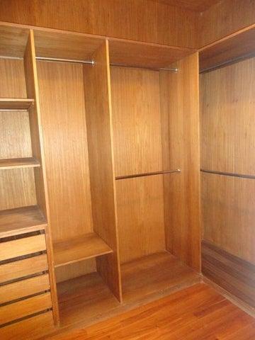 Apartamento En Alquiler En Caracas - La Lagunita Country Club Código FLEX: 17-11176 No.14