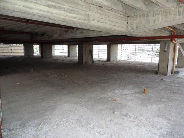 Oficina En Venta En Caracas - Las Mercedes Código FLEX: 17-11877 No.4