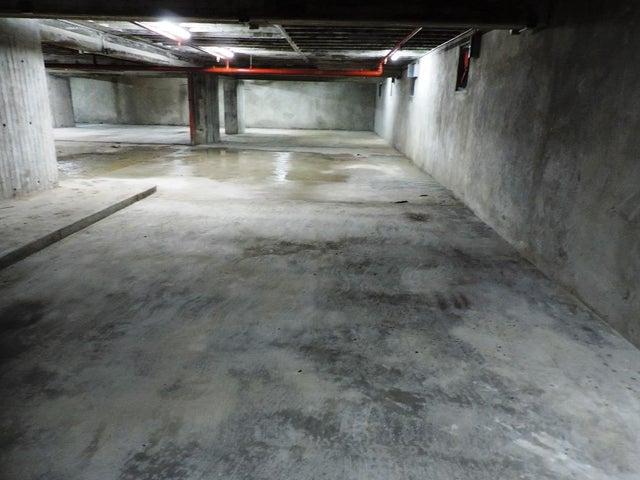 Oficina En Venta En Caracas - Las Mercedes Código FLEX: 17-11877 No.10