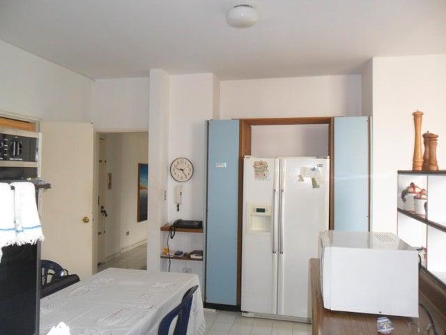 Apartamento En Venta En Caracas - Altamira Código FLEX: 17-13155 No.4