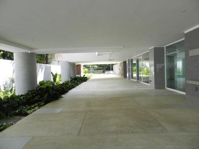 Apartamento En Venta En Caracas - Altamira Código FLEX: 17-13340 No.3
