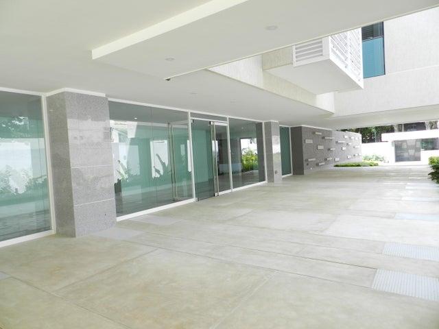 Apartamento En Venta En Caracas - Altamira Código FLEX: 17-13340 No.5
