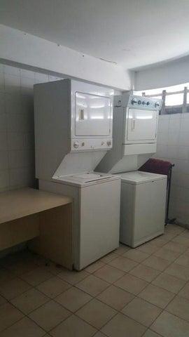 Apartamento En Venta En Caracas - Alta Florida Código FLEX: 17-13431 No.16