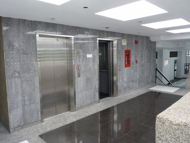 Apartamento En Venta En Caracas - Bello Monte Código FLEX: 17-13495 No.1
