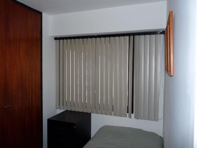 Apartamento En Venta En Caracas - Bello Monte Código FLEX: 17-13495 No.9