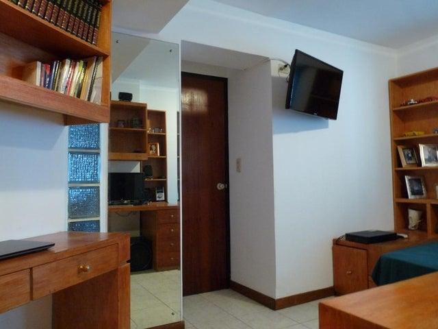 Apartamento En Venta En Caracas - Bello Monte Código FLEX: 17-13495 No.13