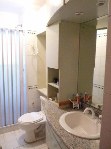 Apartamento En Venta En Caracas - Bello Monte Código FLEX: 17-13495 No.14