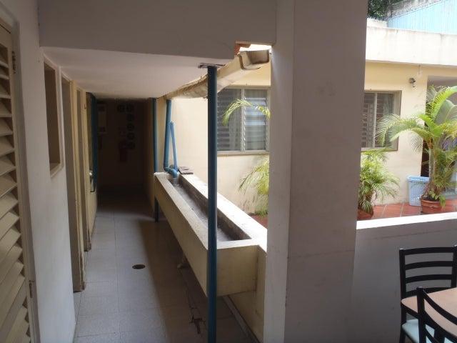Casa En Venta En Caracas - San Bernardino Código FLEX: 17-13557 No.3