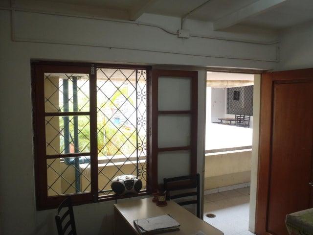 Casa En Venta En Caracas - San Bernardino Código FLEX: 17-13557 No.5