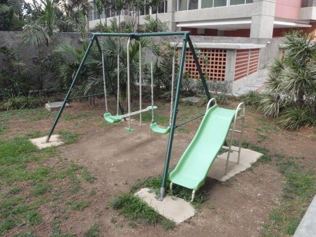Apartamento En Venta En Caracas - San Bernardino Código FLEX: 17-13550 No.14