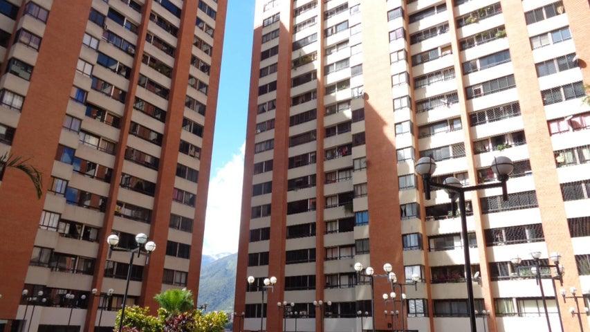 En Venta En Caracas - Lomas del Avila Código FLEX: 17-13744 No.0