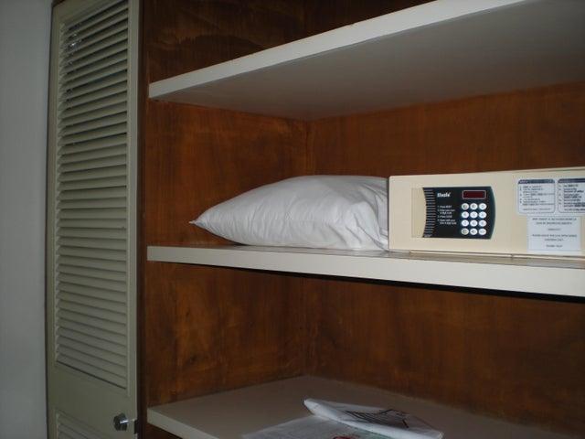 Apartamento En Venta En Caracas - Los Palos Grandes Código FLEX: 17-13853 No.6