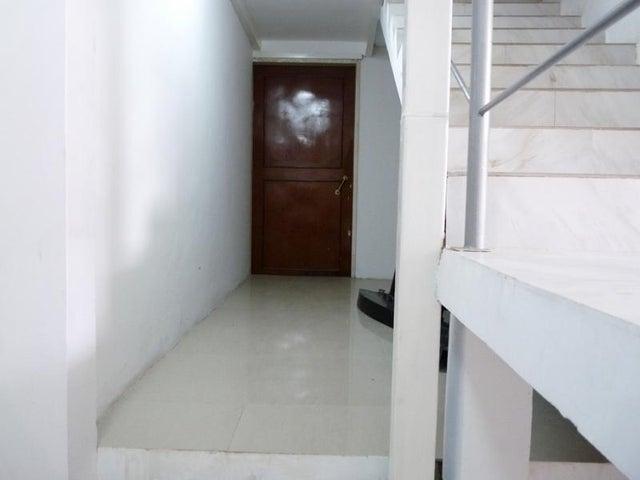 Casa En Venta En Caracas - Mariperez Código FLEX: 17-13971 No.14