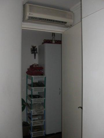 Apartamento En Venta En Caracas - Las Delicias de Sabana Grande Código FLEX: 17-14058 No.13