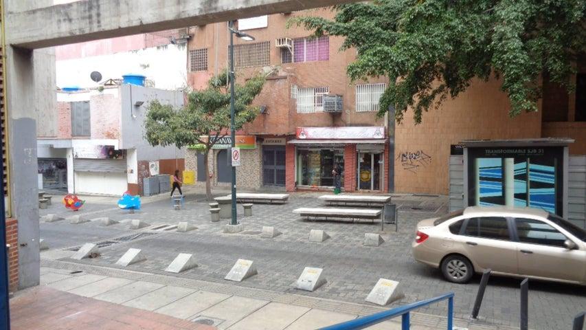 Negocio o Empresa En Venta En Caracas - Sabana Grande Código FLEX: 17-14260 No.14