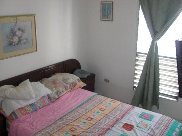 Apartamento En Venta En Caracas - Parroquia La Candelaria Código FLEX: 17-14906 No.16