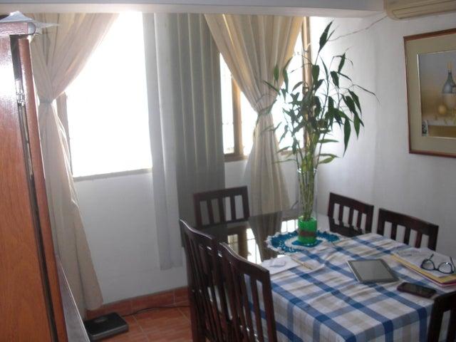 Apartamento En Venta En Caracas - Parroquia La Candelaria Código FLEX: 17-14906 No.7