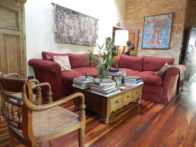 Casa En Venta En Caracas - Los Palos Grandes Código FLEX: 17-15511 No.4