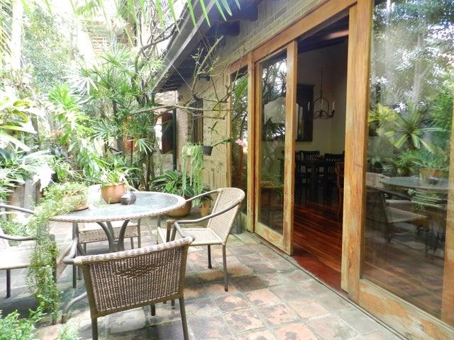 Casa En Venta En Caracas - Los Palos Grandes Código FLEX: 17-15511 No.8
