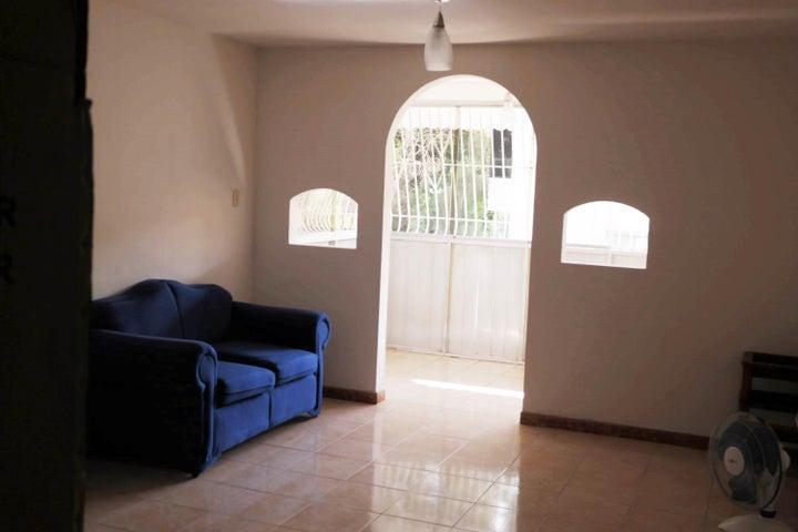 Apartamento En Venta En Caracas - Santa Monica Código FLEX: 17-15697 No.4
