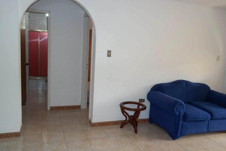 Apartamento En Venta En Caracas - Santa Monica Código FLEX: 17-15697 No.8