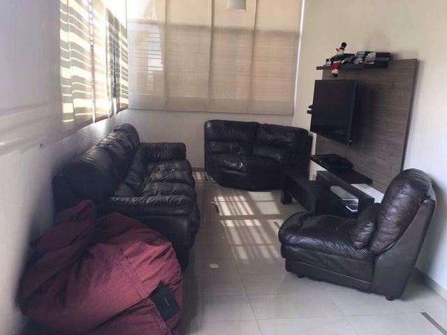 Apartamento En Venta En Caracas - Colinas de La Tahona Código FLEX: 18-345 No.13
