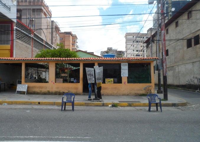 Local Comercial En Venta En Valencia En Los Sauces - Código: 18-647