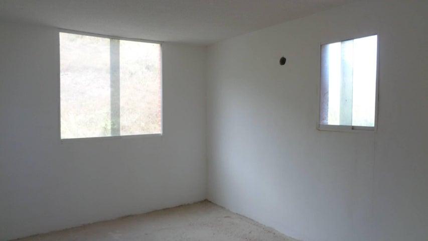 Apartamento En Venta En Caracas - Los Naranjos Humboldt Código FLEX: 18-840 No.6