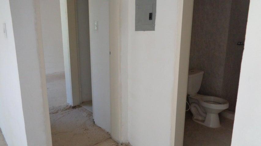 Apartamento En Venta En Caracas - Los Naranjos Humboldt Código FLEX: 18-840 No.8