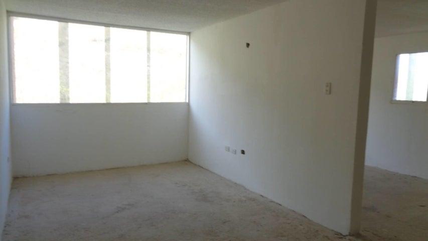 Apartamento En Venta En Caracas - Los Naranjos Humboldt Código FLEX: 18-840 No.9