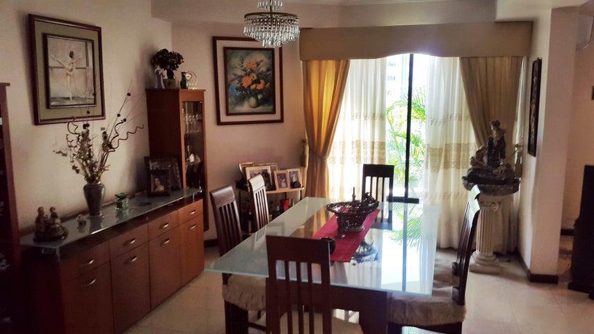 Apartamento En Venta En Maracay - La Soledad Código FLEX: 18-861 No.2