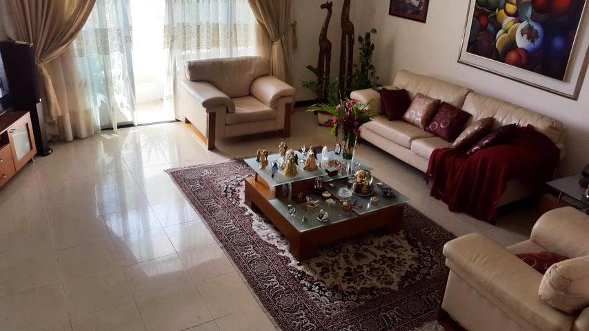 Apartamento En Venta En Maracay - La Soledad Código FLEX: 18-861 No.5