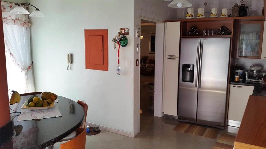 Apartamento En Venta En Maracay - La Soledad Código FLEX: 18-861 No.9