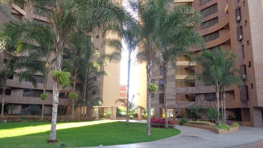 Apartamento En Venta En Caracas - Plaza Venezuela Código FLEX: 18-982 No.0