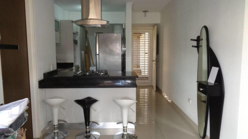 Apartamento En Venta En Caracas - Plaza Venezuela Código FLEX: 18-982 No.4