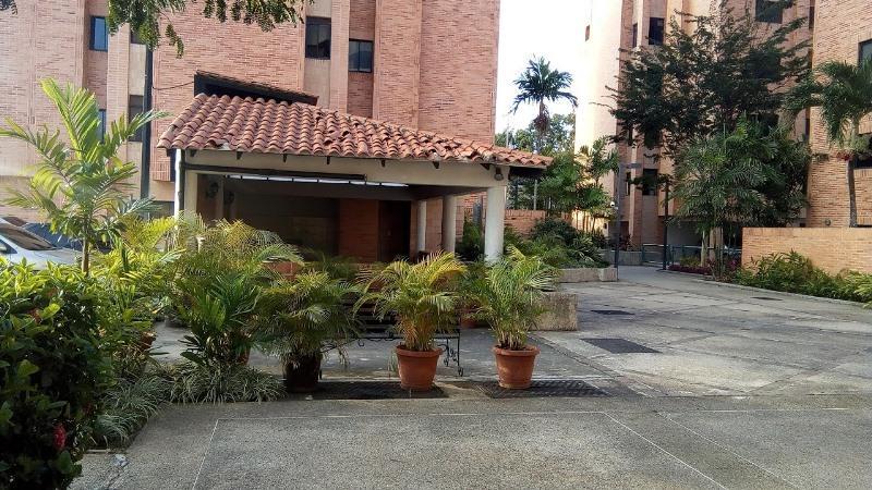 Apartamento En Venta En Municipio Naguanagua En La Granja - Código: 18-635
