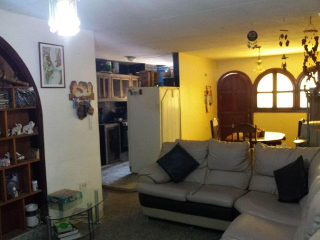 Apartamento En Venta En Maracay En Parque Aragua - Código: 18-1343