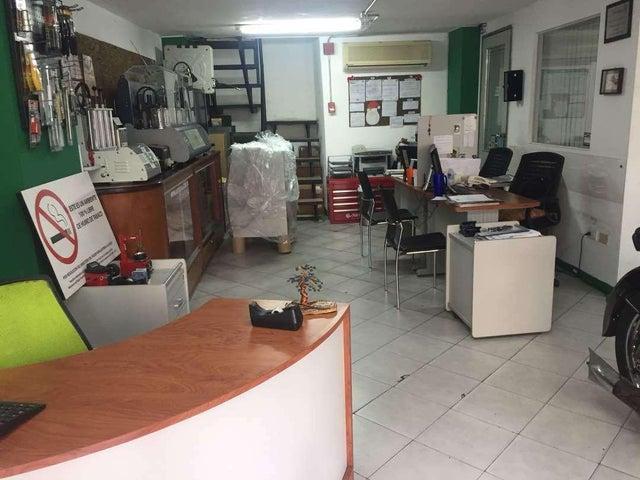 Local Comercial En Venta En Caracas - Colinas de Bello Monte Código FLEX: 18-1685 No.2