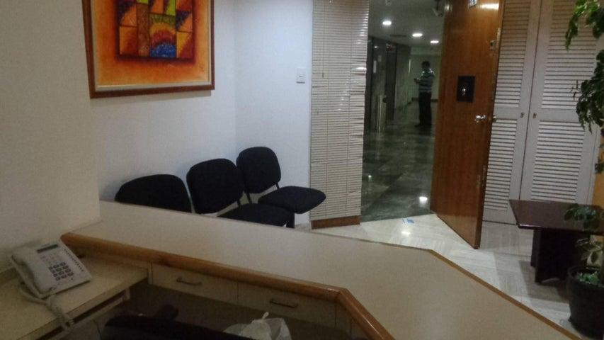 Oficina En Venta En Caracas - Chuao Código FLEX: 18-1594 No.10