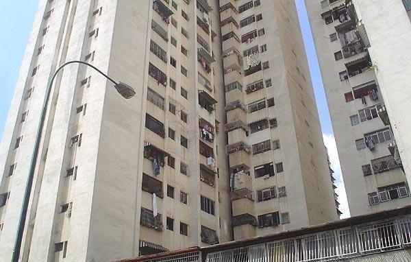 Apartamento En Venta En Caracas - Parroquia Santa Teresa Código FLEX: 18-2032 No.0