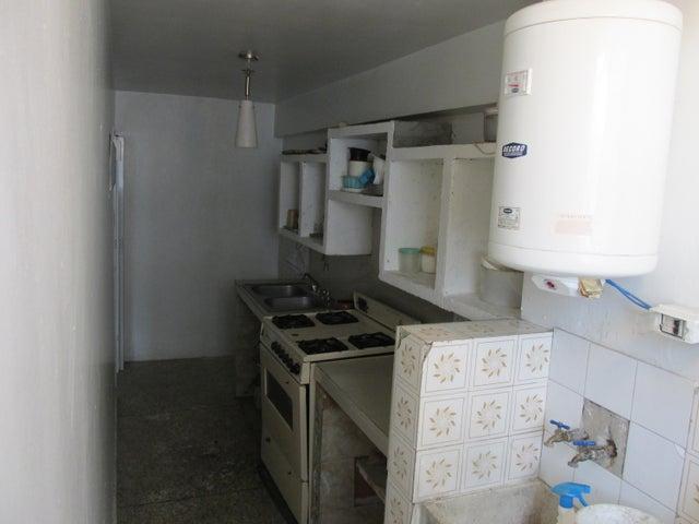 Apartamento En Venta En Caracas - Parroquia Santa Teresa Código FLEX: 18-2032 No.11