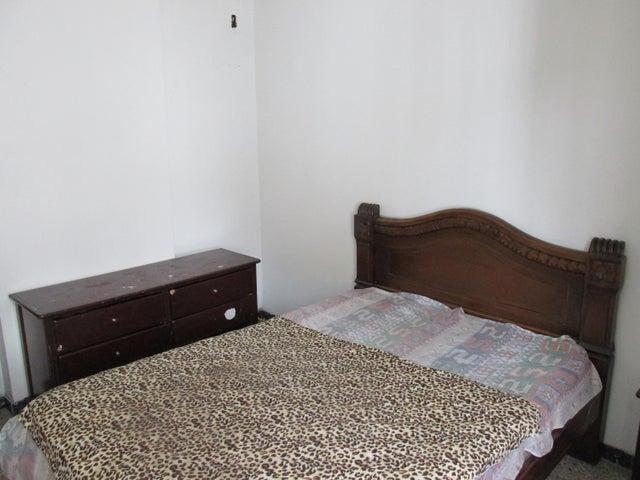 Apartamento En Venta En Caracas - Parroquia Santa Teresa Código FLEX: 18-2032 No.15