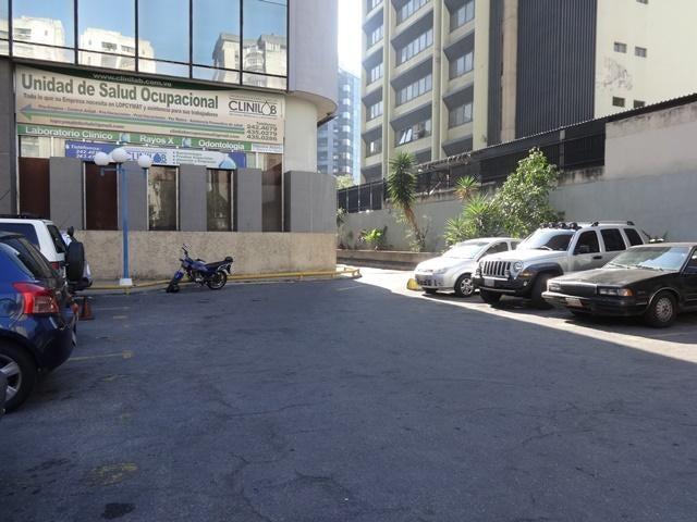 Local Comercial En Venta En Caracas - La Urbina Código FLEX: 18-4103 No.17