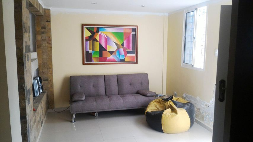 Townhouse En Venta En La Morita - Villas Caribes Código FLEX: 18-3080 No.2