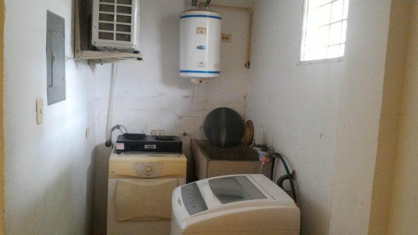 Townhouse En Venta En La Morita - Villas Caribes Código FLEX: 18-3080 No.12
